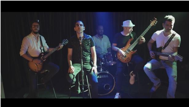 Doktorların müzik grubu Denge'den yeni albüm: Kum Saati